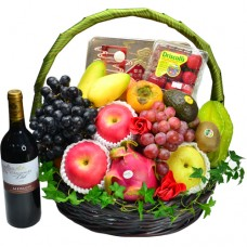 Seasonal Fruits Hamper with Maxim Double York White Lotus  Mooncake and Red Wine